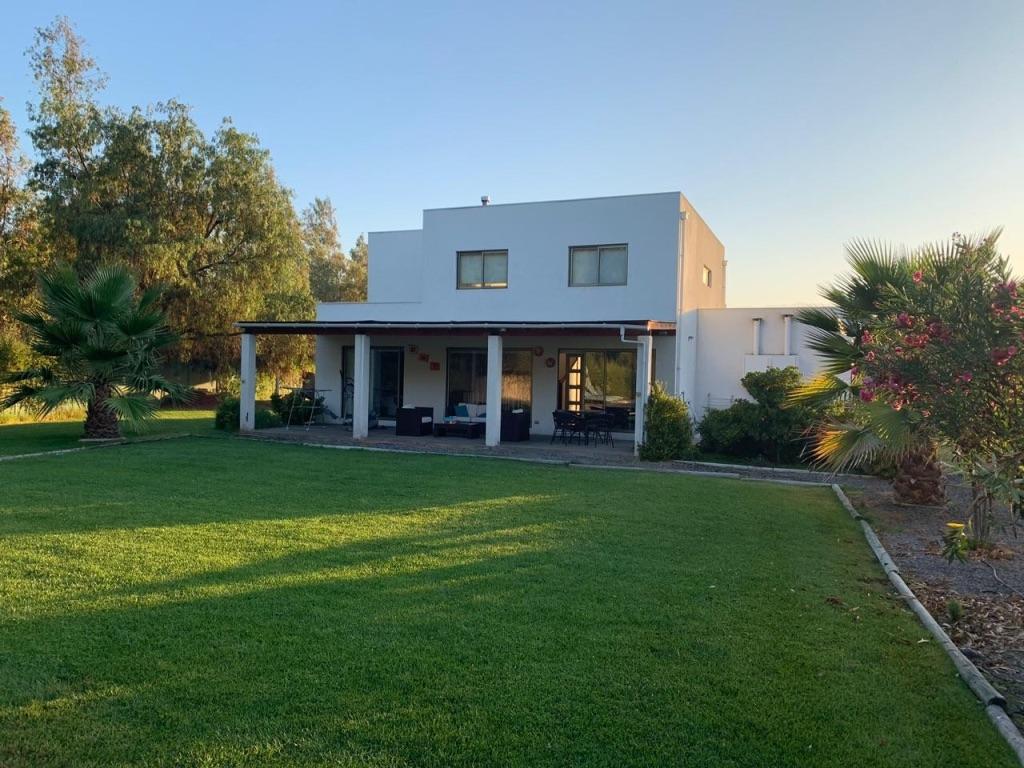 Impecable Casa Mediterránea En Lampa Habitans